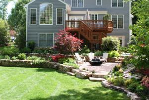 Backyard patio and landscaping services in Leesburg
